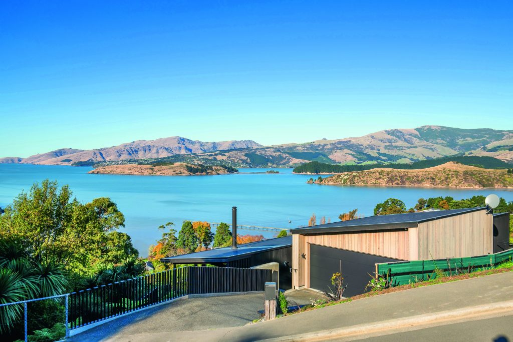 Fleetwood Construction, Registered Master Builders, Christchurch, Governors Bay, House of the Year, New Build, Sheppard and Rout Architects, Architectural Build, Lyttelton Harbour Views, Custom balustrade
